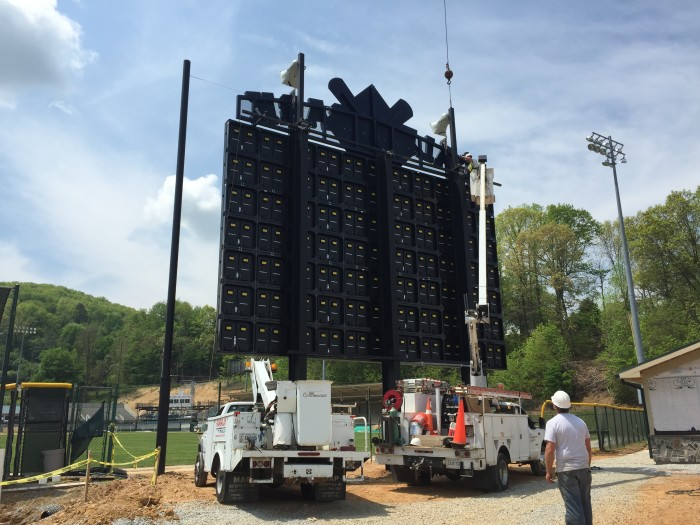 The Pulaski Yankees have teamed up with Time Technologies to provide a 22.5' x 35' 16 MM LED display at Calfee Park in Pulaski, Virginia.  The project will include a new foundation, state of the art sound/ video camera system and MotionRocket software to control the display. The project is expected to be completed by early June 2015.