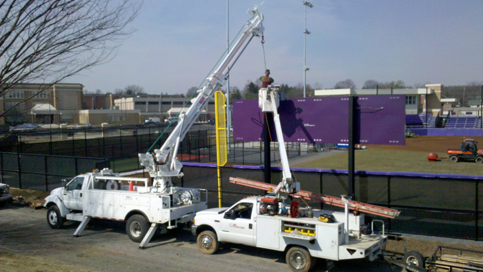 Crane and Bucket truck Services
